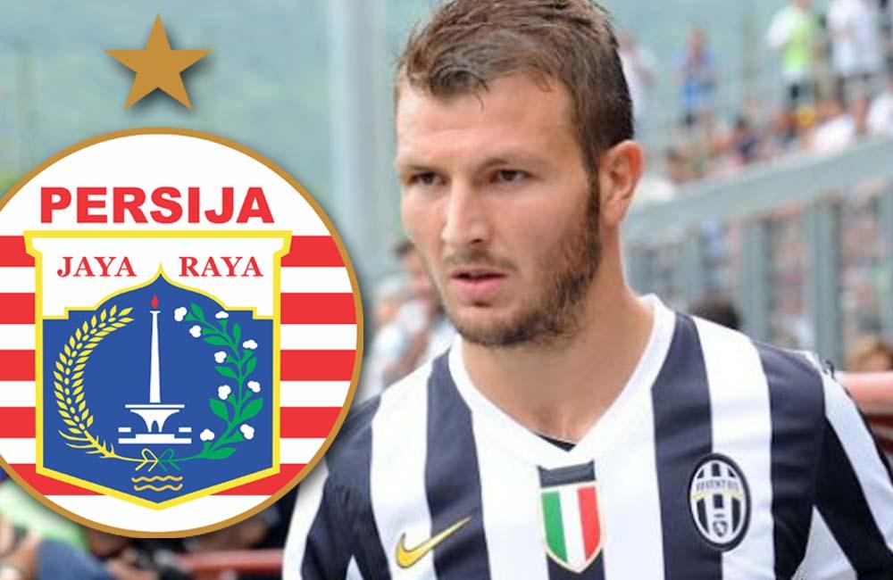 Mantan pemain belakang Juventus asal Italia, Marco Motta, resmi bergabung dengan Persija 'Macan Kemayoran' Jakarta untuk mengarungi musim Liga 1 2020.