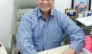 Sekjen IMLOW Achmad Ridwan Tento (D)